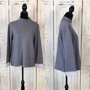 Liz Claiborne Pullover Sweatshirt Size: Medium